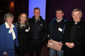 L-R: Sr Margaret Buckley (Diocesan Advisor), Siobh‡n Bradley (Diocesan Youth Director), Fr John Kenny PP (Partry), Tom‡s îÊhƒanach‡in (Tuar Mhic ƒide), Archbishop Michael Neary.